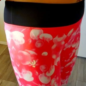 Hot pink jellyfish leggings Italy M